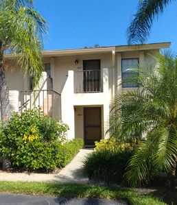 Photo for Comfy 2 Bed 2 Bathroom Condo in a  overlooking a lake and the golf course