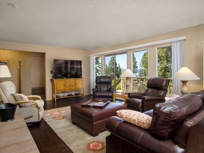 Photo for Dollar Point with lakeviews/hottub, access to pool/beach/pier/tennis amenities