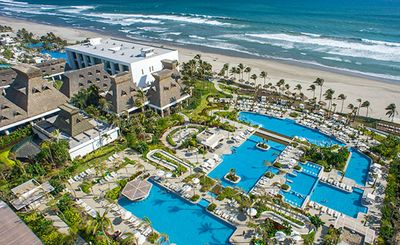 Photo for Mayan Palace, Acapulco- a beautiful beachfront resort, 1 bedroom suite