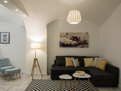 Harlequin 4 star apartment  in a heart of downtown.