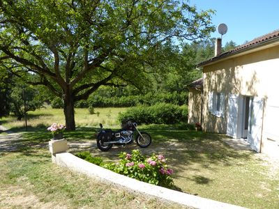 Photo for Holiday home in the Perigord in a beautiful countryside.