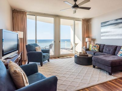 Photo for Ocean Front! 2 Bd + 2 Bunk! Clean! Walk to Pier Park! Beach Chairs!