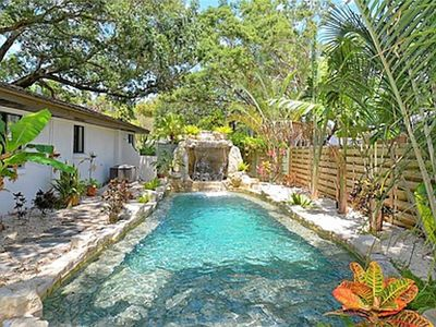 Photo for Private Vacation Oasis Near Siesta Key & Downtown