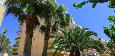 Photo for Family apartment with 24h reception, close to Port Aventura.