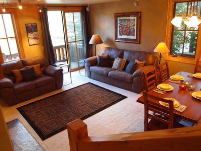 Photo for 3Bed 3Bath w/ Private Hot Tub. Walk To Historic Main St., Town Ski Lift & More!