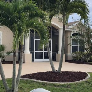 Photo for 4 Bedroom 5 bath on a Canal, South facing Pool home, boat docking, Pet friendly
