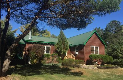 Hot Tub, Sauna, Fireplace, A/C, Dog Friendly, 1.9 mi to Whiteface, Mountain View, Esther Mountain Chalet