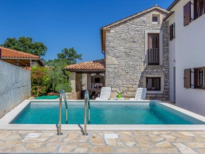 Photo for Traditional villa with private pool, 2 bedrooms, 2 bathrooms, air conditioning, sun beds, terrace and BBQ