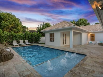 Photo for Luxury Ranch Estate w/ heated pool! 4bed/4bath