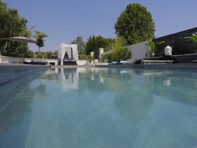 Photo for VILLA IN LUBERON 6-p pool and heated jacuzzi