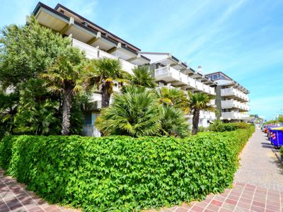 Photo for Apartment Roulette in Lignano Pineta - 4 persons, 1 bedrooms