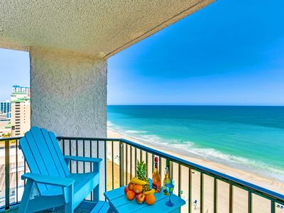 Photo for WOW PENTHOUSE TOP FLOOR CORNER 2 BEDROOM LOCKOUT/2 CONDOS IN ONE/SLEEPS10/PETS