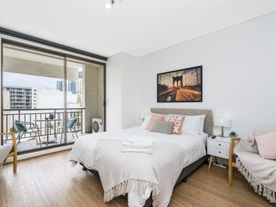Photo for 405 Charming Central CBD Comfort -renovated balcony lift