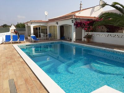 Photo for Villa with pool situated on the outskirts of Tavira