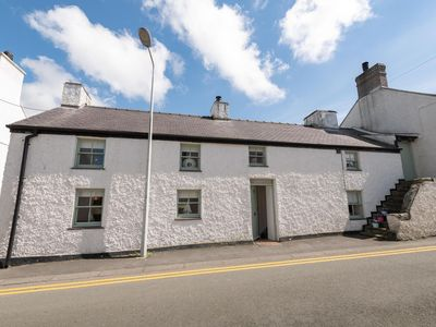 Photo for The Eagles, a beautiful 3 bed character cottage in Aberffraw