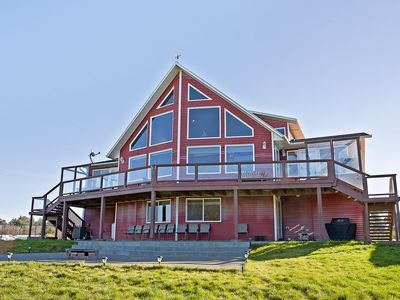 Photo for The Biggest Vacation Rental in Ocean Shores Area