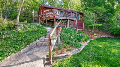 Photo for The Woodlands Cottage-Deck, Views & Big Brass Bed