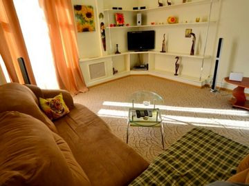 Wonderful cozy self catering 2 bedroom apartment right in the centre of kiev