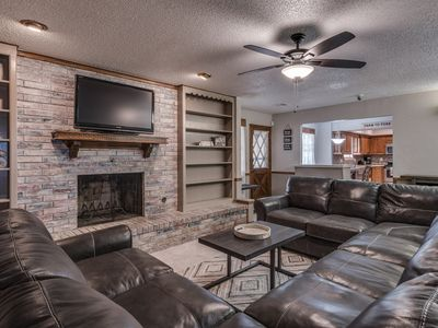 Photo for Just Like Home #1 in NW OKC for Groups & Families: POOL TABLE, 5 Cable TV's, etc