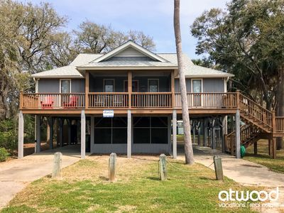 Photo for Cupid's Nest - Quick Walk to Beach; Close to Shops/Restaurant; Screened Porch