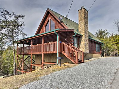 Photo for Sevierville Cabin w/ Deck - Near Douglas Lake!