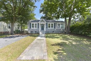 Photo for 2BR House Vacation Rental in Cayce, South Carolina