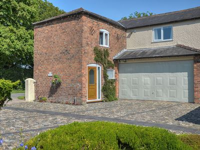 Photo for 2 bedroom accommodation in Oscroft, near Chester