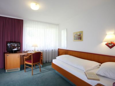 Photo for Non smoking single room with toilet and shower - Hotel garni Haus Baden