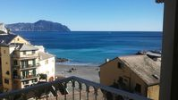 relaxing but close to more touristy spot if you can drag yourself away from Bogliasco