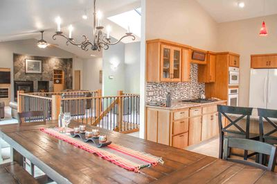 11 Virginia Rail upstairs living room, dining room, and kitchen  - Welcome to 11 Virginia Rail located close to the Big Deschutes River.