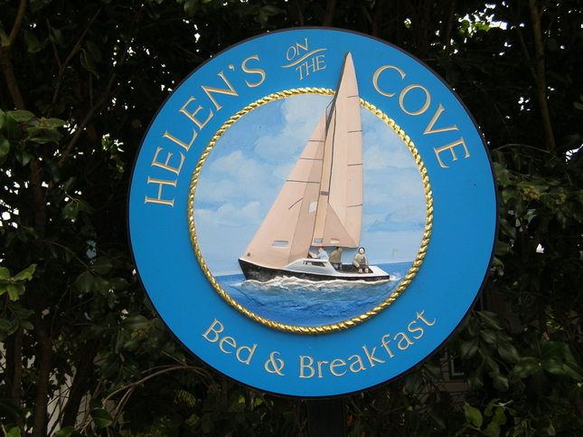 Helen's on The Cove Bed & Breakfast