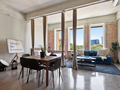Photo for JURNY | Convention Center | Gorgeous 3bd Downtown
