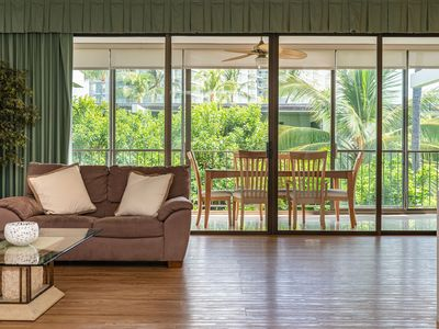 Updated, Top Floor 2 Bedroom Unit with Enclosed Lanai and Lush, Garden Views