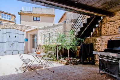 Private courtyard with BBQ, Pool and private studio