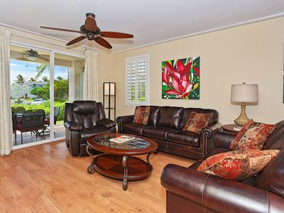 Photo for Two Bed, Two Bath Quiet Ground Floor Condo (1045F)
