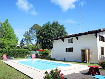 Photo for Vacation home Anjou  in Andernos, Aquitaine - 8 persons, 4 bedrooms
