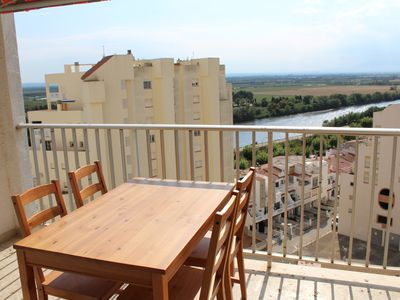 Photo for Nice apartment with excellent views of the river and sea