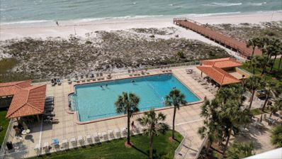 BEACH FRONT CONDO!!! FULL VIEW OF THE GULF Steps from the beach.