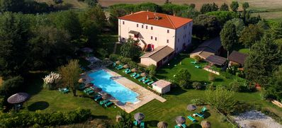 Photo for Tuscan Farm near Beach+Pool - Apartment(2 Bedr./Sleeps 6) direct from owner