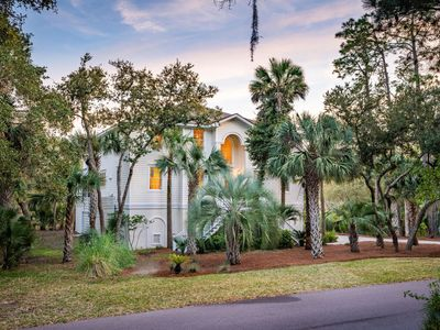 Photo for Large, Welcoming 5 BR, 3.5 BA Home, Great Location, Pet Friendly!