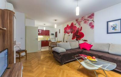 Photo for City center Fewo Mare, 2 air conditioning, free Wi-Fi, satellite TV, parking, dog welcome