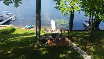 Lovely Cottage on Crooked Lake in Clare County