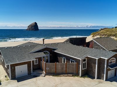 Photo for Bailey's Place #173 - Brand new luxury oceanfront home in Kiwanda Shores