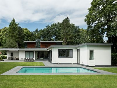Photo for Stunning villa with swimming pool and large garden near beach, sea and Amsterdam