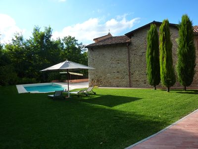 Photo for Unique villa on the hills of Piacenza with swimming pool.   Relaxation and nature.