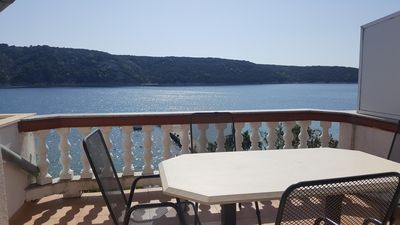 Photo for Two bedroom apartment near beach Kampor (Rab)