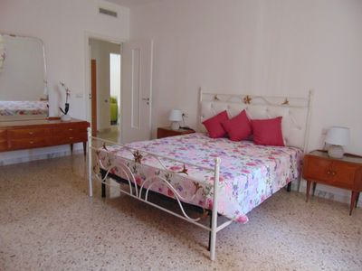 Photo for Dimora Maria 60, grand comfort apartment in the central area at 10 min. from the sea
