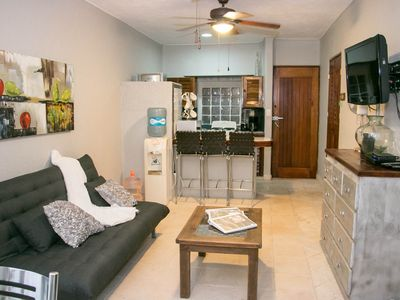 Photo for Beautiful condo just steps from 5th Avenue and Mamitas beach