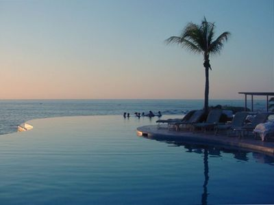 Punta Mita Four Seasons Infinity Pool