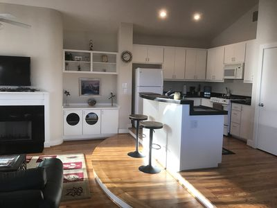 Photo for CLEAN & COZY HOME CLOSE TO NRG  STADIUM & THE TEXAS MEDICAL CENTER